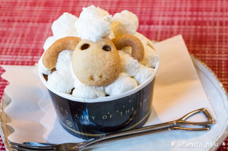 【上尾・カフェ】「アウトドアカフェ山小屋」でひつじのカップケーキ食べためぇ♪