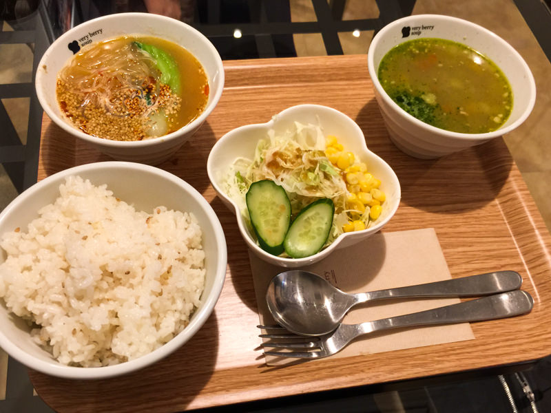 【ベリーベリースープ】冬の新作スープ食べてみた!