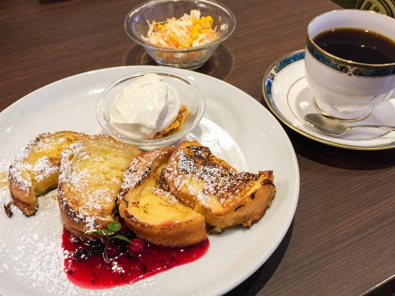 【高倉町珈琲でモーニング】フレンチトーストとコーヒーで優雅なひとときを。