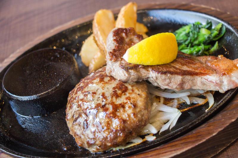 ステーキのあさくまに行ってきた!〜おいしいお肉と豊富なサラダバーの老舗ステーキ店〜
