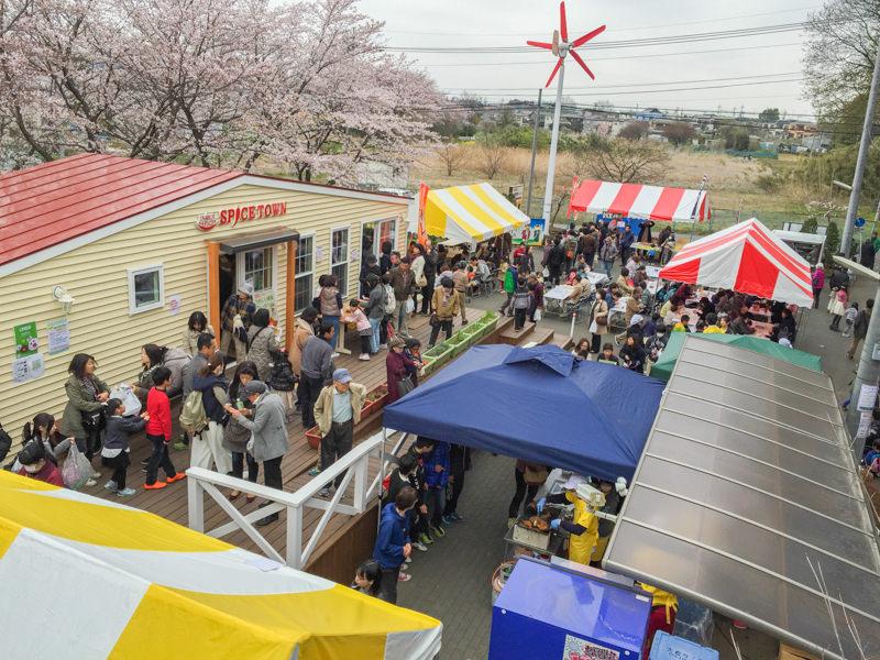 【2016】井上スパイス「春のカレー祭り」がホントお祭りすぎ カレー食べたきゃ朝一で行くべし!