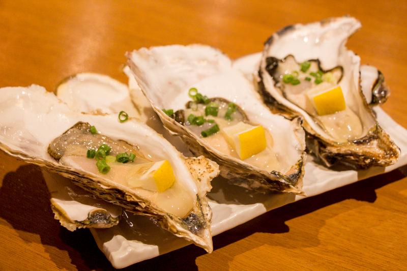 産地別生牡蠣食べ比べ! 【北本の「貝や。」】