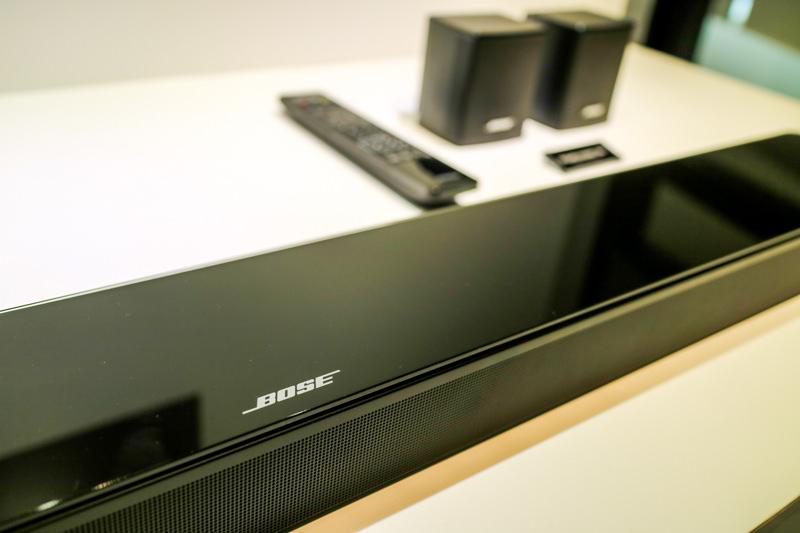 【小型でスタイリッシュ、驚きの高音質】BOSEの「Sound Touch 300 soundbar」体感レビュー!【PR】